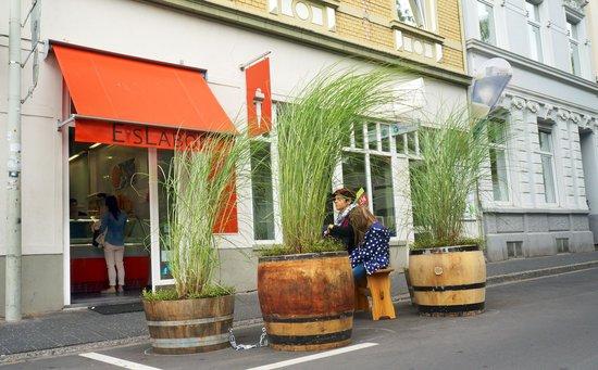EisLabor: Eingang Bonn Altstadt