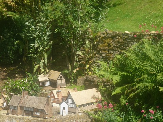 Snowshill Manor: A small model village in the garden