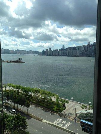 Kowloon Shangri-La Hong Kong: Harbour View!