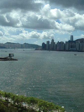 Kowloon Shangri-La Hong Kong: Good morning!