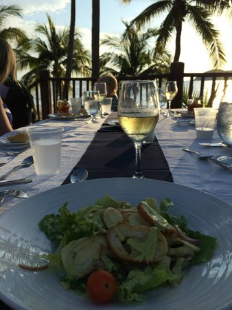 Club Med Ixtapa Pacific: Appetizer at the Miramar