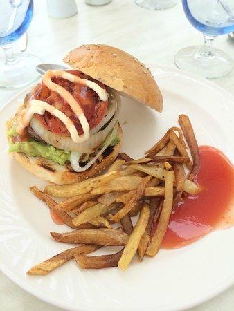 Club Med Ixtapa Pacific: Ixtapa Burget at lunch in the Buffet