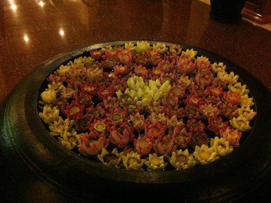 Siem Reap Evergreen Hotel : flowers