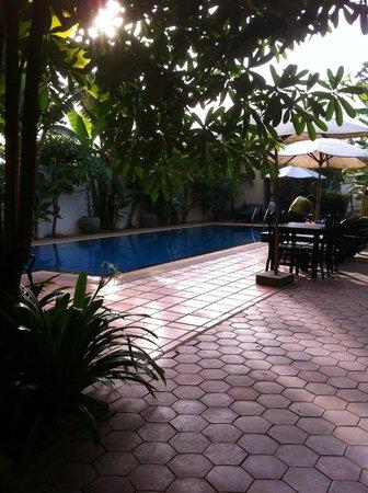 Siem Reap Evergreen Hotel: swimming pool
