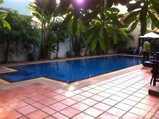 Siem Reap Evergreen Hotel: Poo