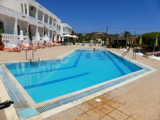 Kokalakis Beach Hotel: beautiful quiet pool