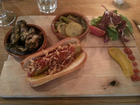 The Hairy Pig Deli: hot dog and friends