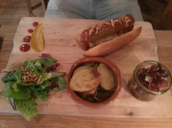The Hairy Pig Deli: Tapas plate