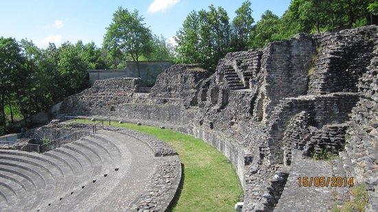 Colline de Fourvière : Roman ruins
