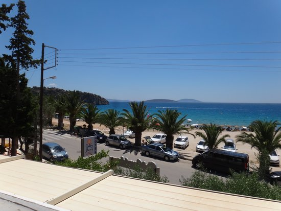 Hotel Golden Beach Tolo: view from balkon to the beach