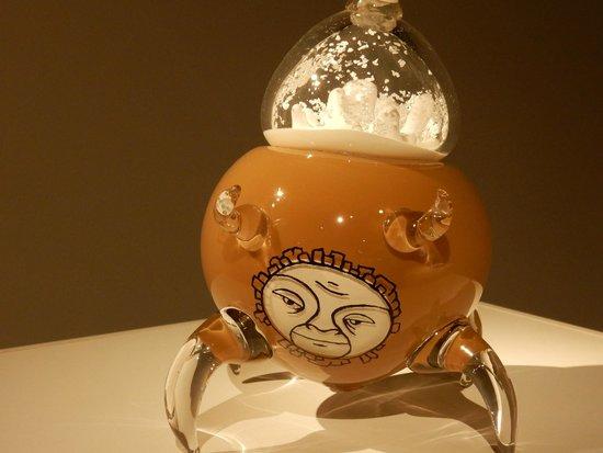 Glenbow Museum: Glass art