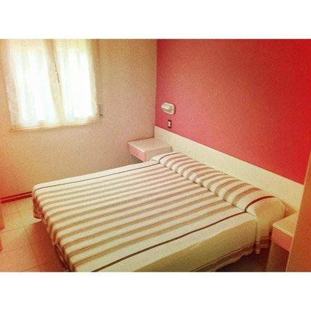 Hotel Zenit: camera matrimoniale