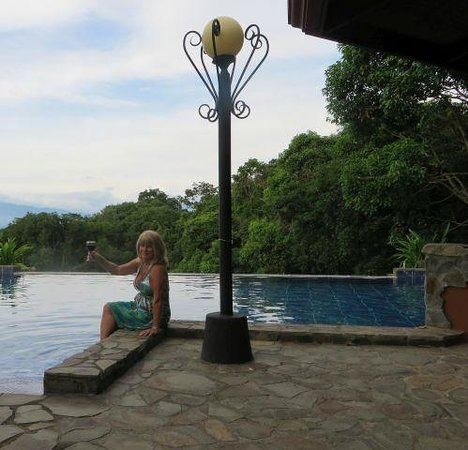 Poco Cielo Resort: Infinity Edge Pool