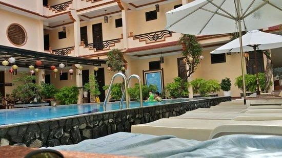 Hoi An Glory Hotel & Spa : Pool.