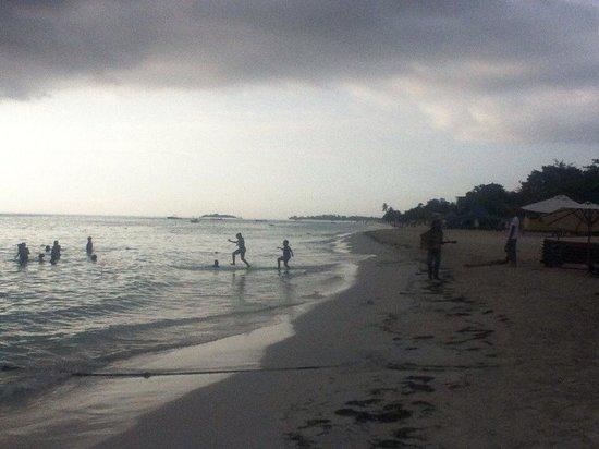 Jimmy Buffett's Margaritaville: Seven mile beach