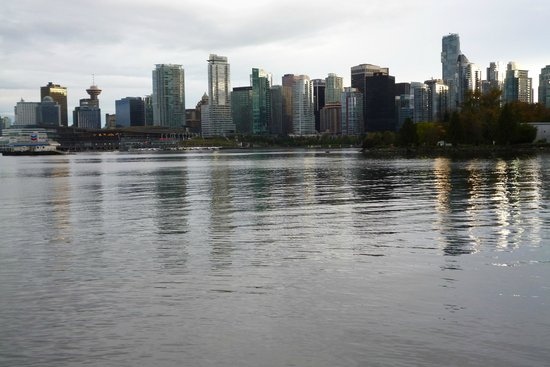 Stanley Park: Vancouver downtown View