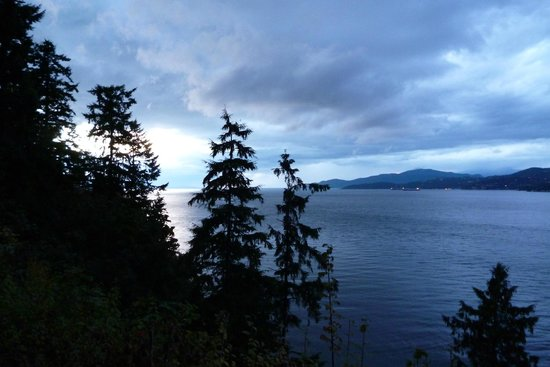 Stanley Park : Evening View
