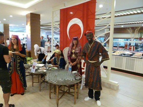Paloma Oceana Resort: soirée turc