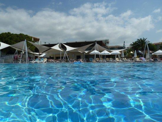 Paloma Oceana Resort: l aqua bar