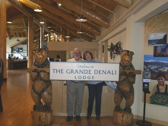 Grande Denali Lodge: Recepcion