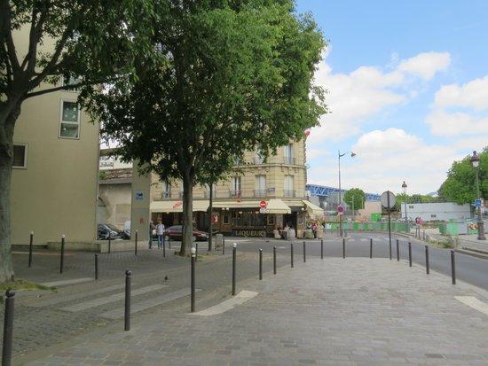 Ibis Paris La Villette Cité des Sciences 19eme : voor bij het kanaal