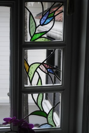 Avicenna Hotel: Stained Glass Windows