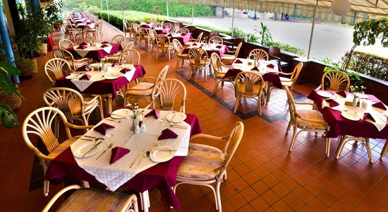 Sentrim Nairobi Boulevard Hotel: Restaurant
