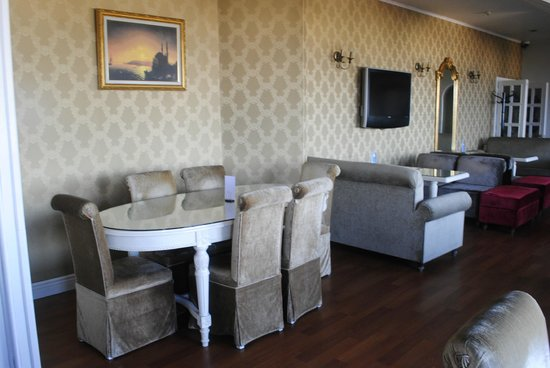 Avicenna Hotel: Hotel Roof Terrace Restaurant