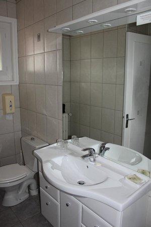 Hotel Andreinia : salle de bain