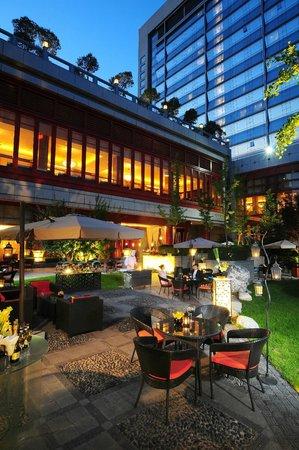 Shangri-La Hotel,Xian: Hotel Garden
