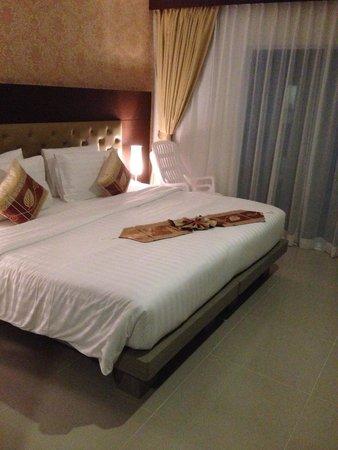 Hemingways Silk Hotel: bedroom
