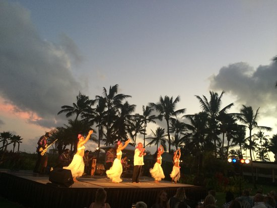 Grand Hyatt Kauai Resort & Spa: Luau show