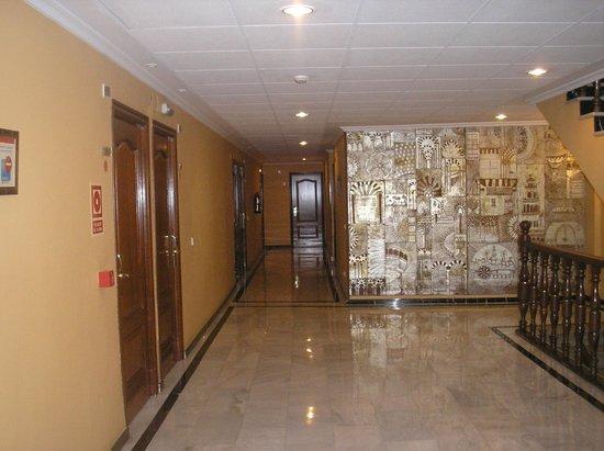 Eurostars Maimonides : Interior rellano Hotel