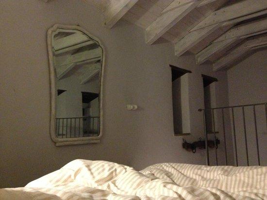Sasso al Melo : slaapkamer