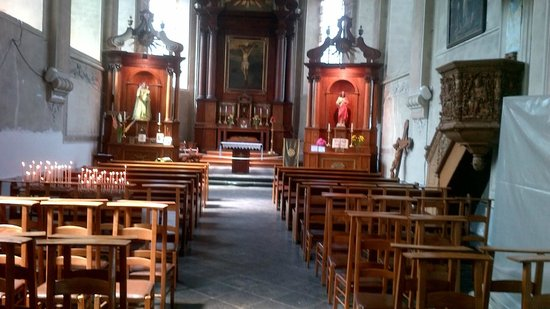 Old Town of Durbuy: Inside the church of Durbuy