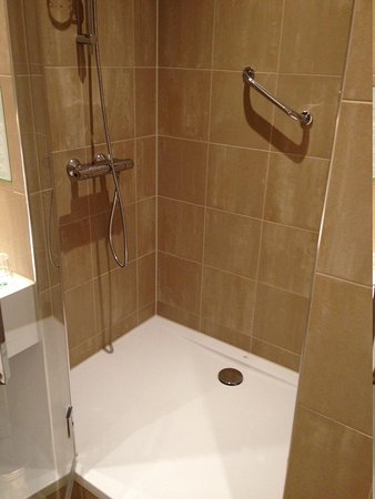 Holiday Inn Amsterdam - Arena Towers: bathroom