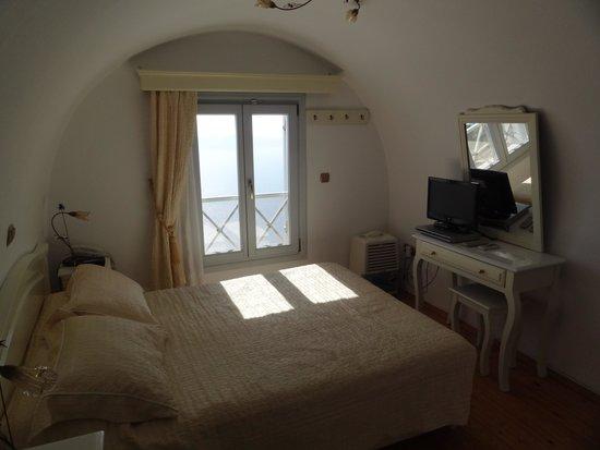 Ellinon Thea Boutique Hotel: Bedroom