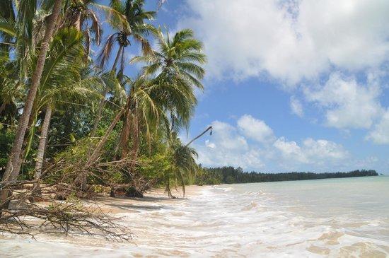 The Sarojin: waw beach