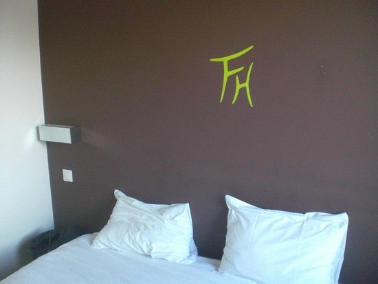Fasthotel Dunkerque: letto