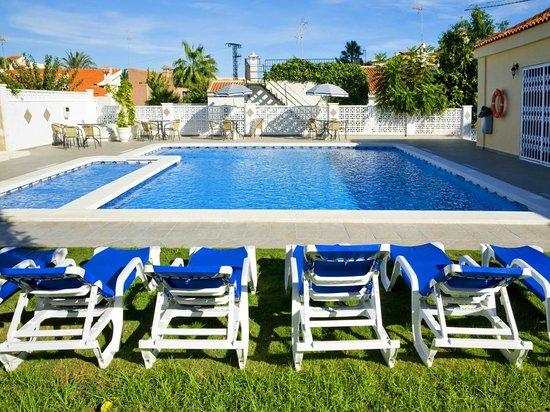 Ona Aldea del Mar: Piscina * Swimming pool
