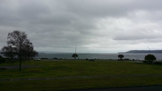 Suncourt Hotel & Conference Centre: Lake Taupo