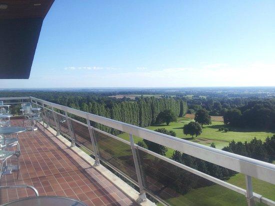 Hotel Les Dryades Golf & Spa : balcon de l'étage du p'tit dej'