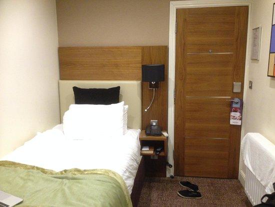 Mercure London Bloomsbury: Standard single room