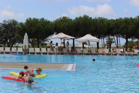 Club Med La Palmyre Atlantique : La piscine principale