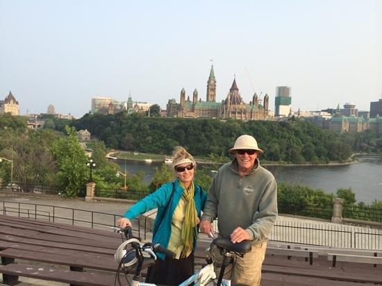 Courtyard Ottawa Downtown: beautiful Bike friendly city!