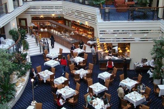 Marriott royal aurora hotel aurora resturant