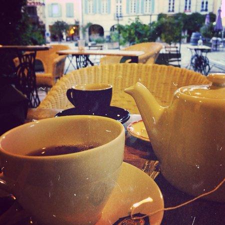 La Villa des Remparts: Petit thé fume ....
