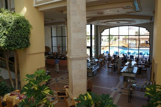 Sharm El Sheikh Marriott Resort: Breakfast from 6-10 am
