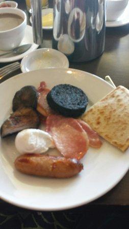 Macdonald Rusacks Hotel: breakfast