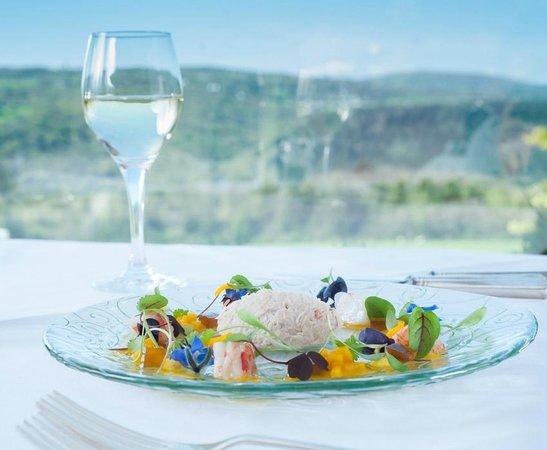 Horn of Plenty Restaurant: Crab and prawn salad